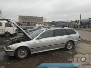 BMW 530d 199m. dalimis